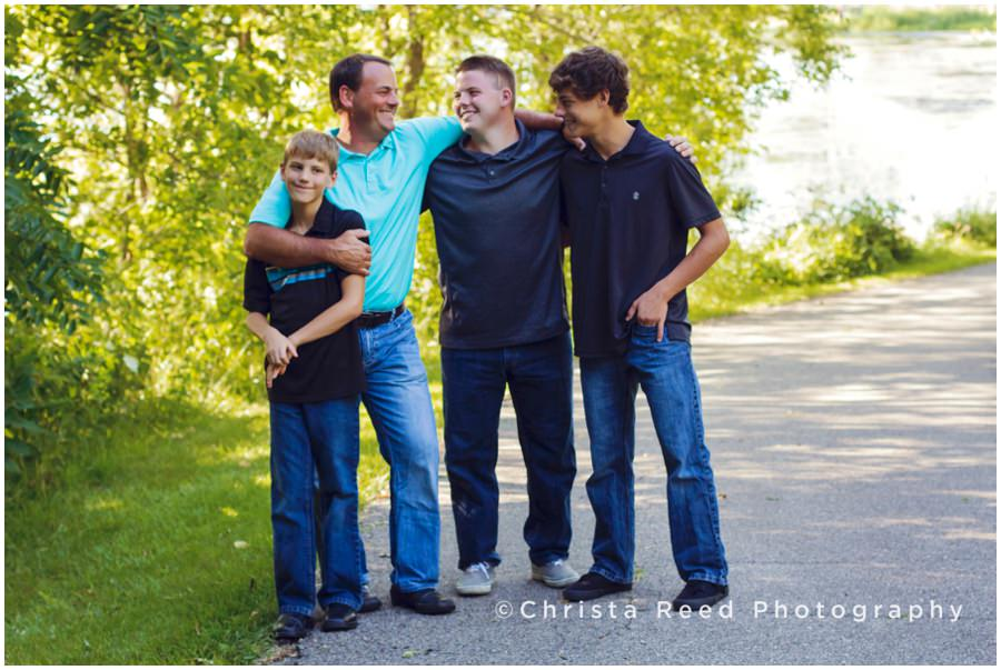 Prior Lake Family Photographer | Fun and Relaxed Location Portraits