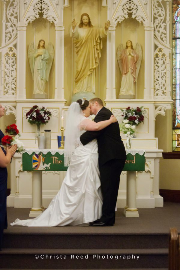 first kiss on the altar at st john lutheran church