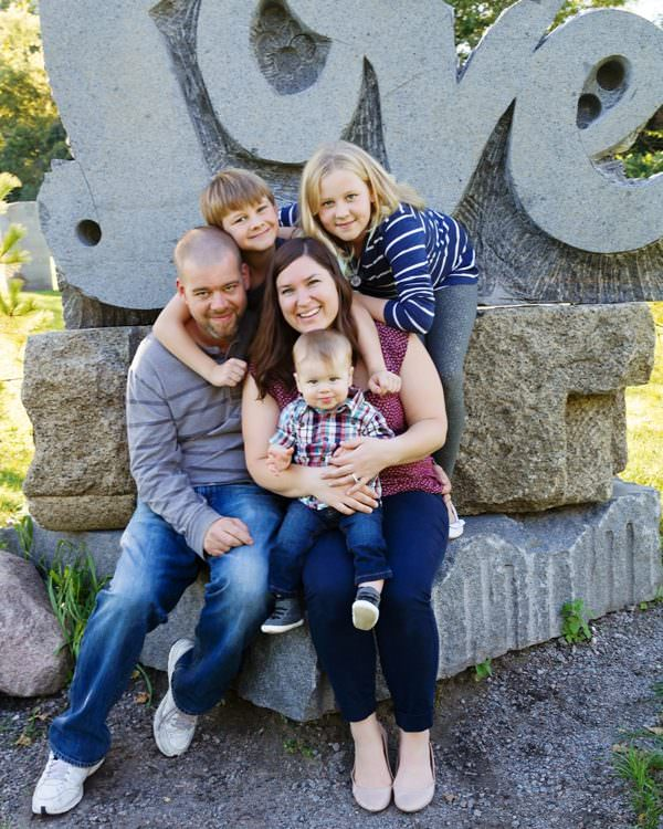 Outdoor Family Photography Big Stone Mini Golf | Minnetrista Portraits