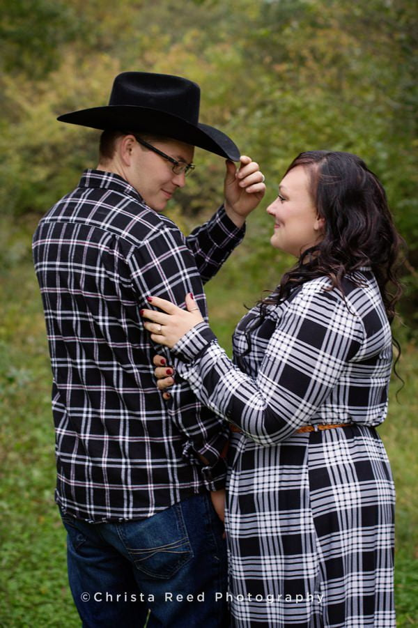 outdoor chaska engagement shoot with cowboy hats