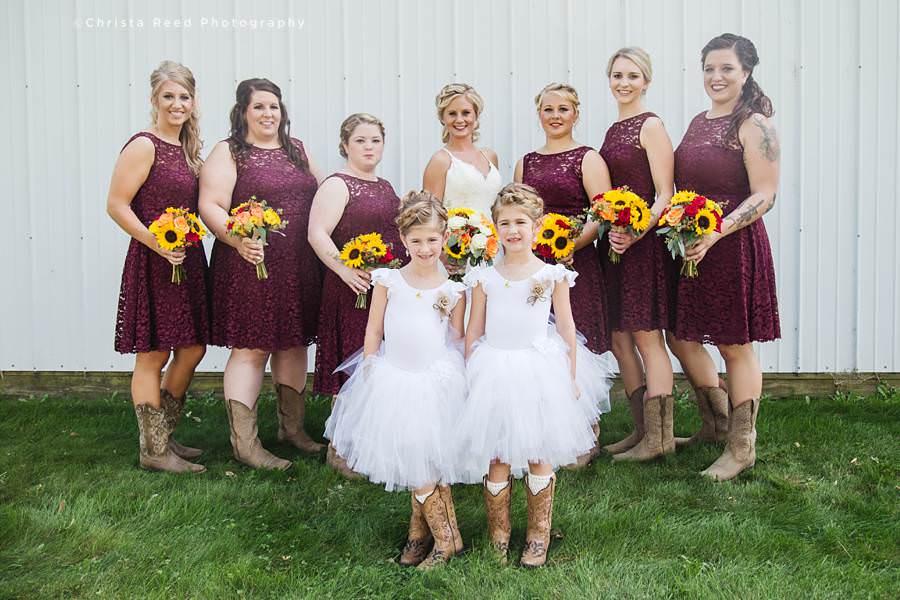 wedding party farm wedding in belle plaine