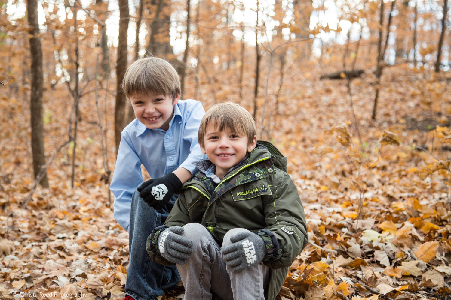 a chanhassen outdoor fall portraits session at Lake Ann