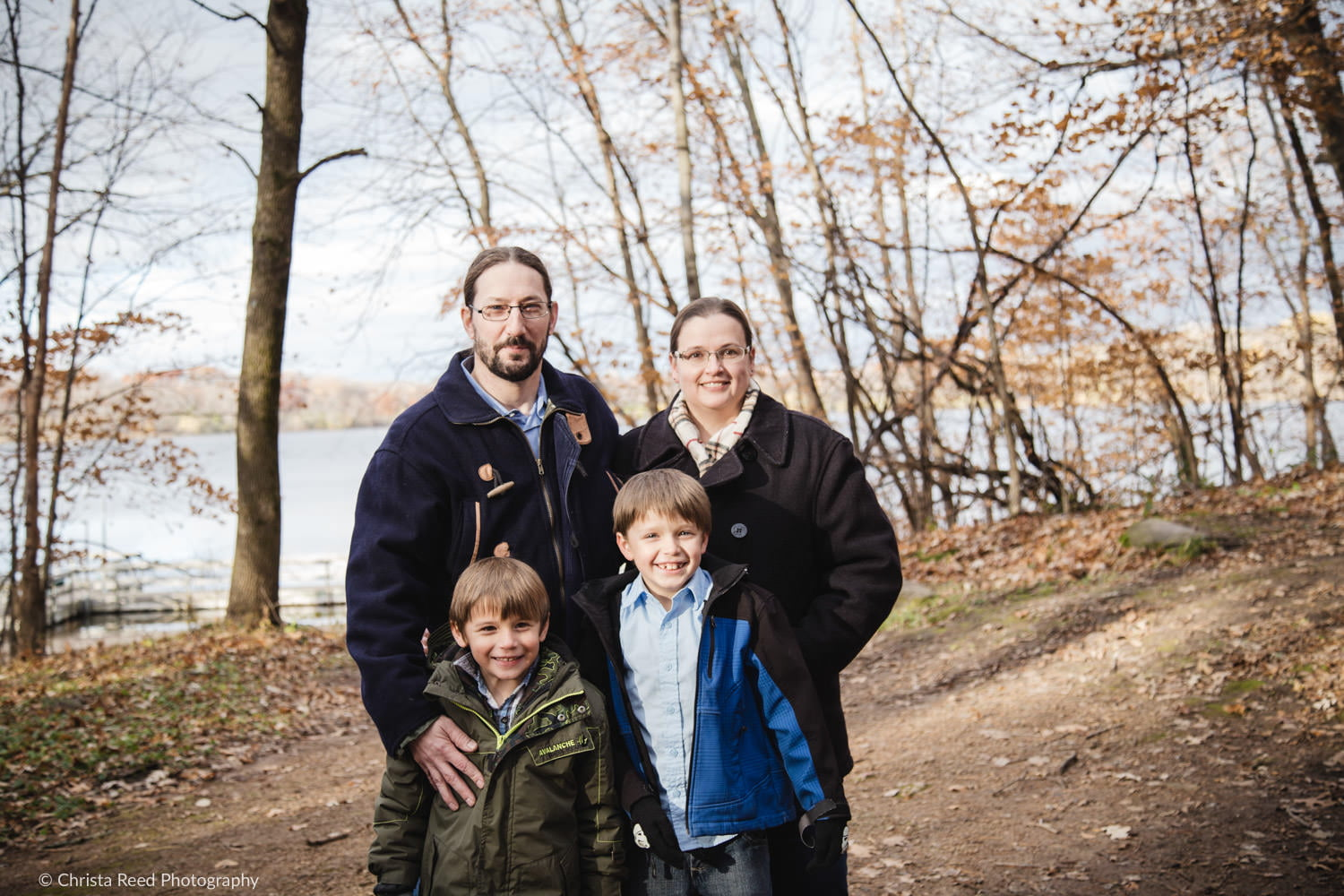 family of four fall portraits by a chanhassen photographer